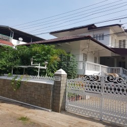5bhk independent house