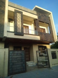 4 Bedrooms 4 Baths Independent Flat /Villa for Sale