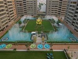 5 BHK 5 Baths Residential Fat for Sale